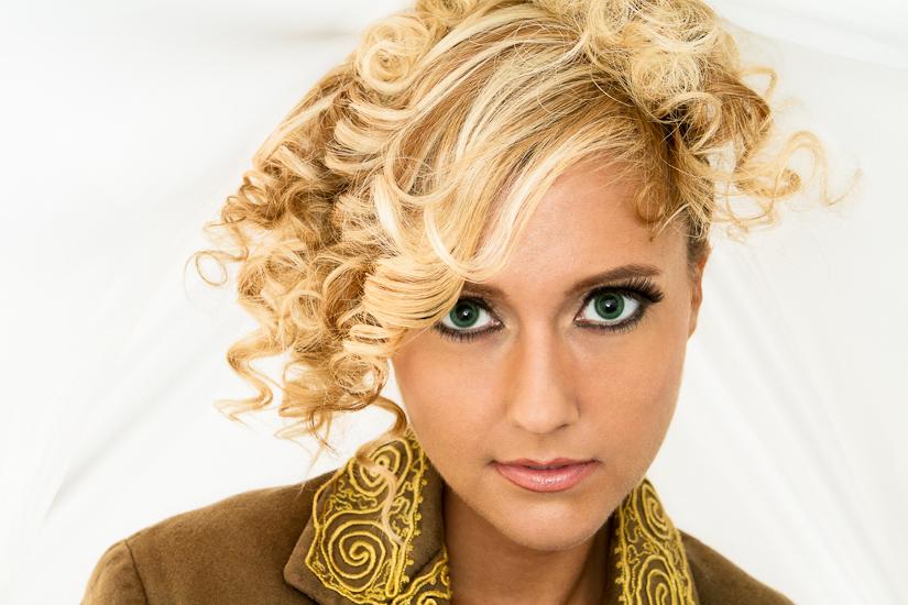 Ginger Lee - Nashville Beauty